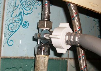 Подключение стиральной машинки к воде